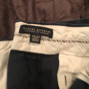 Navy blue Banana Republic chino pants. Sz 34